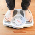 無理なダイエットが体臭となる「ダイエット臭の原因」