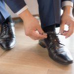 仕事帰りの彼氏の足の臭いがクサイのは革靴が原因?臭いの体験談(23歳女性)